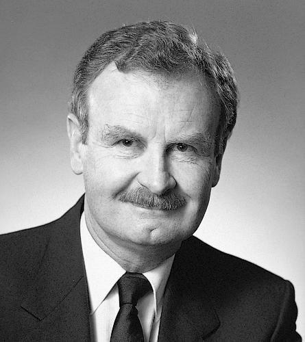 Headshot of former CPFC executive director Reginald L. Perkin